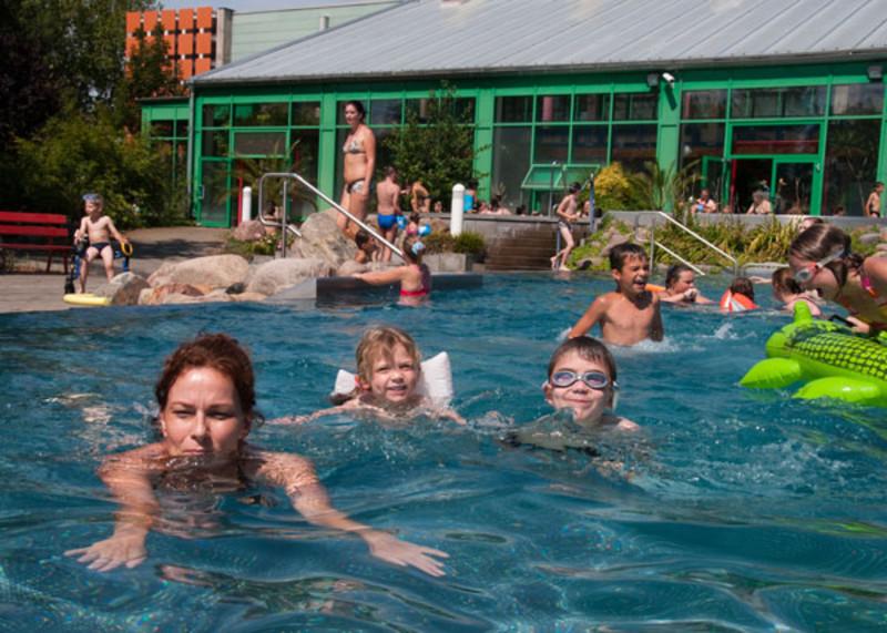 Schwimmbad rüsselsheim umgebung